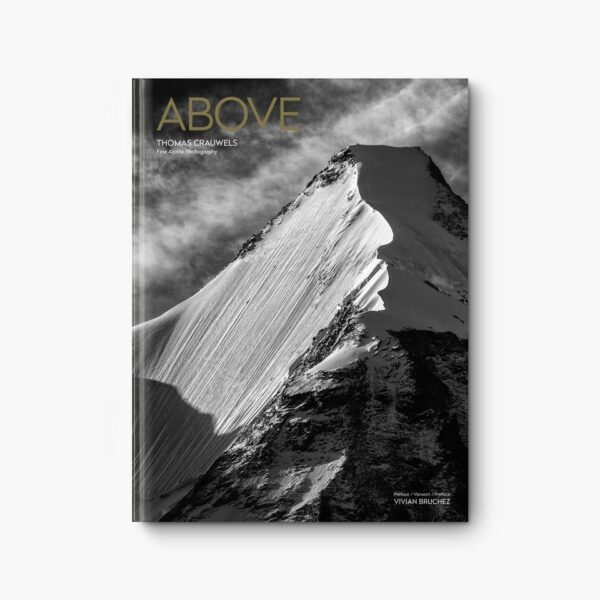 Couverture du livre Above